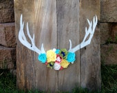Wooden Sign: Antler with felt flowers
