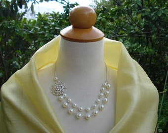Wedding Bridal Bib Statement Necklace.Hand Wire Wrapped Ivory Glass Pearl Jewelry.Pretty Bridal Flower Pendant.Bridesmaid Necklace.