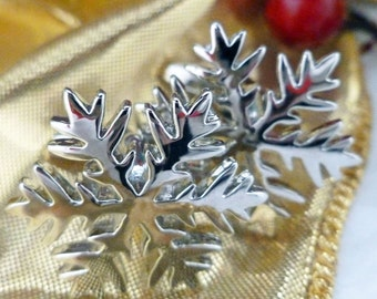 Silver Powder Snow Flake Cufflinks Silver Toned Cut Snowflake Cuff Links