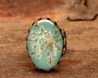 Ring with real dill flowers - r040