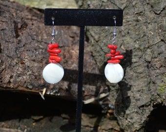 Mother of Pearl // Drop earrings