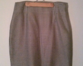 CLEARANCE Vintage 1990's Houndstooth Pencil Skirt