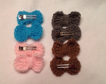 2 Pairs of Crochet clip on bows, you pick the colors! - 4 bows total!