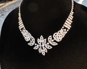 Unique Bridal Collection!!!!!     Beautiful Rhinestone Bridal Necklace, -