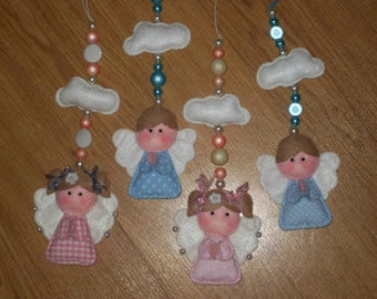 Litle angels to hang in the Christmas Tree