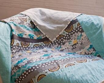 Modern Quilt, Strip Quilt, quilt, twin size quilt,  full size quilt, queen size quilt, housewarming gift, wedding gift, vintage style quilt
