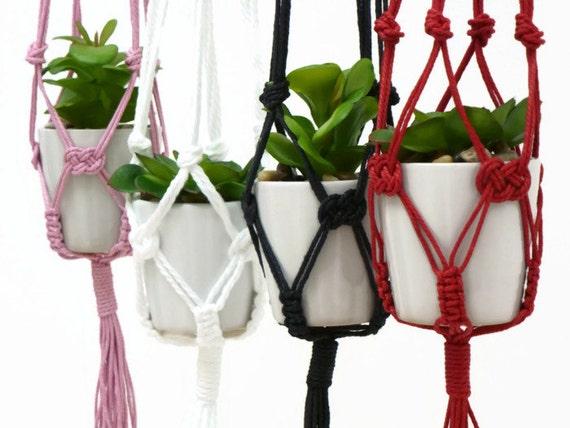 Small Macrame Plant Hanger / Macrame Hanging Planter