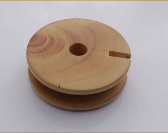 Wood Earbud Holder - Earphone Organizer -  Boxwood