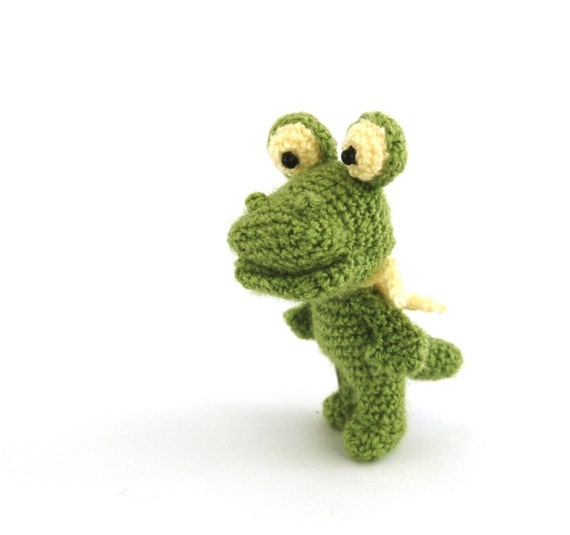 Amigurumi Stuffing : stuffed small crocodile little crocheted crocodile amigurumi