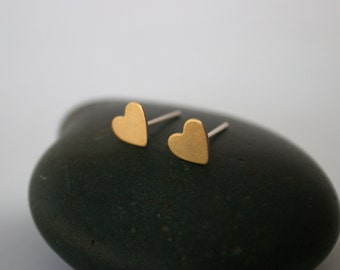 Heart Raw Brass Post Earrings (7mm x 7mm)