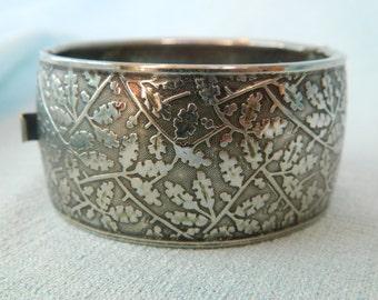 Vintage Silver tone metal cuff or Bracelet