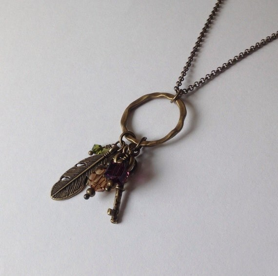 Feather necklace, key necklace, crystal necklace, vintage style jewelry, long necklace, antique bronze, handmade jewellery, unique