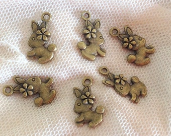 Antique brass Bunny Rabbit - 6 pcs