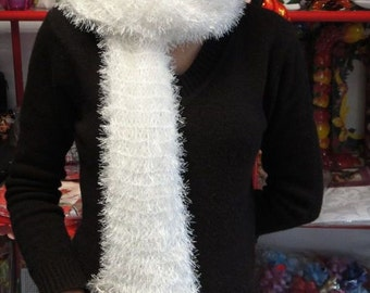 Hand knitted impressive scarf for women