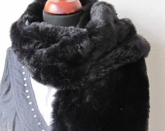 Vintage black fake fur scarf, vintage scarf, scarf, black scarf, vintage, accessories, shawl, black shawl, for her, women, gift idea