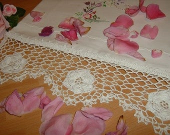 White crochet lace edge. Underlying net lace and Roses of Ireland. Shabby chic. Crochet casa romantica. To order.