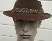 High-end 1950s-60s Brown Fur Fedora  -- Size 6 3/4