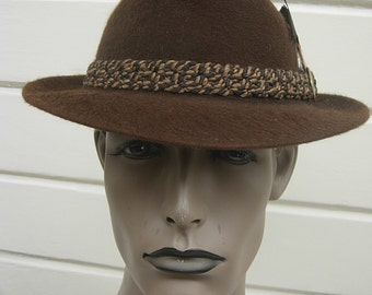 Size 6 3/4 ** High-end 1950s-60s Brown Fur Fedora