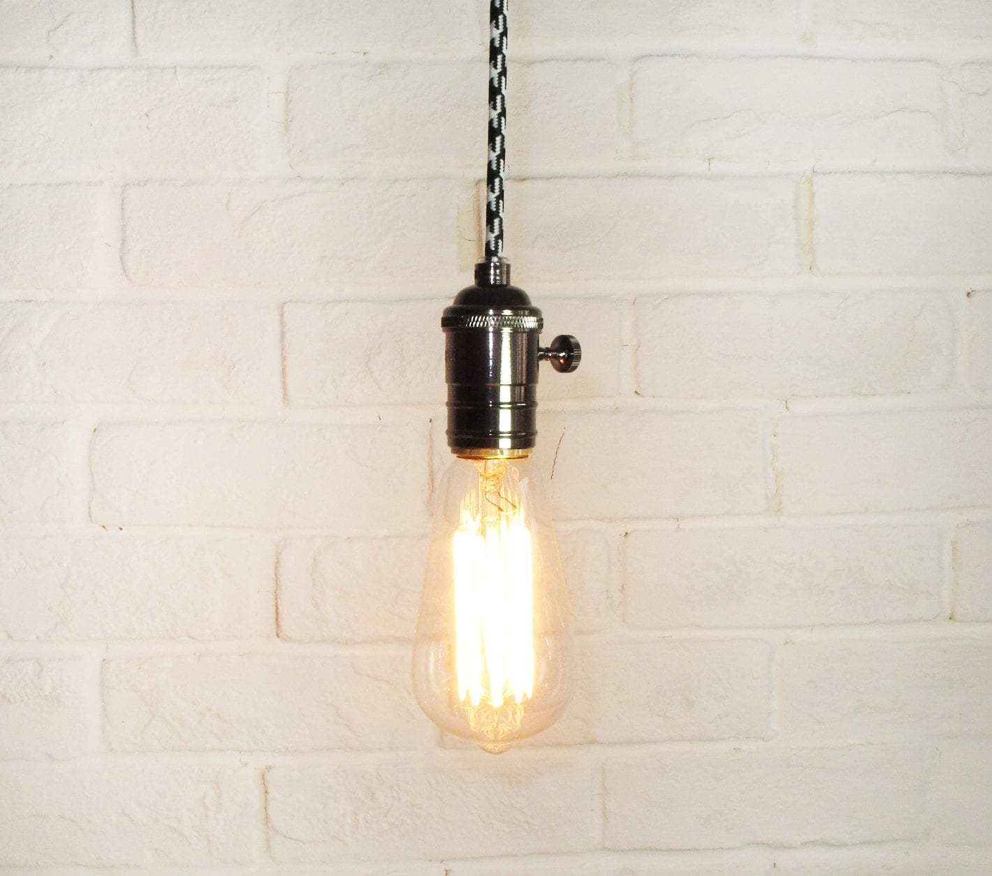 Edison bulb pendant light pendant light fixture edison for Ampoule suspension