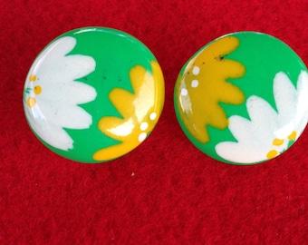 Vintage Flower Pierced Earring