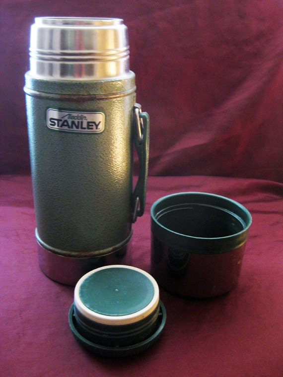 vintage aladdin stanley thermos no a 1350b. Black Bedroom Furniture Sets. Home Design Ideas