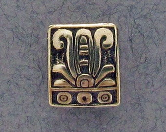 Ancient Mexican Floral Button - B591