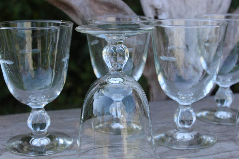 Mid century starburst etched glass wine water by blackrhinovintage - Starburst glassware ...