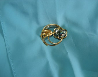 Abalone and gold Pin made before 1975