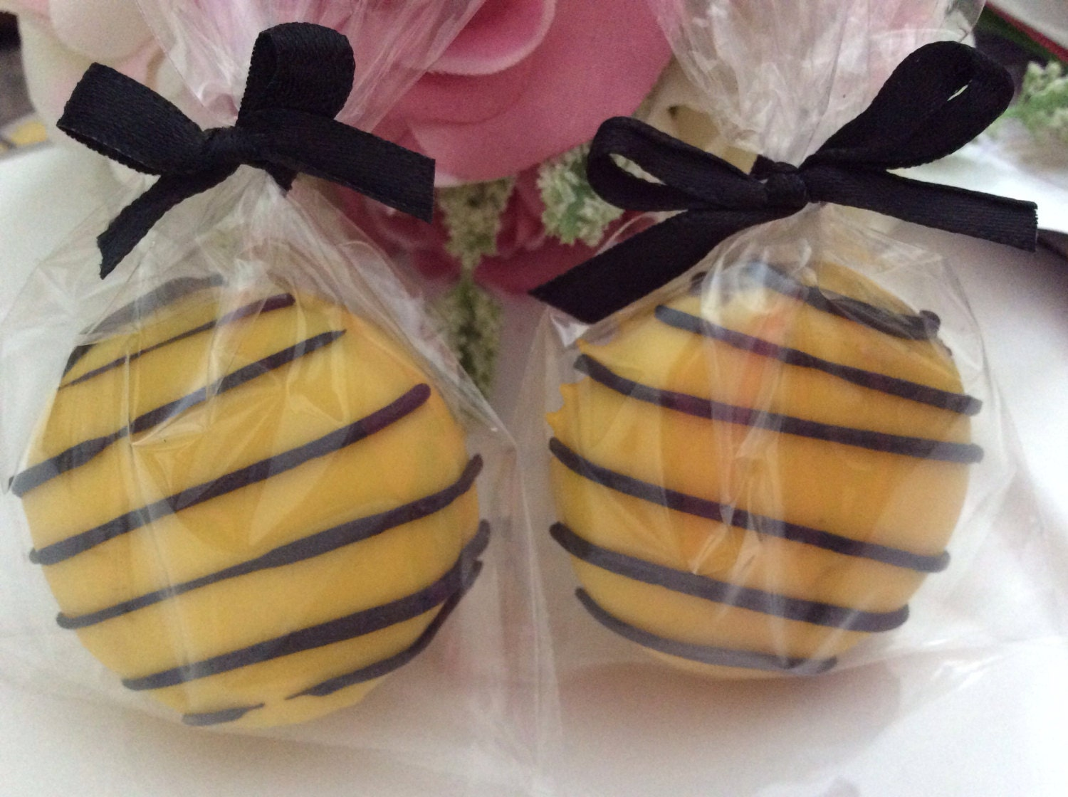 Yellow And Black Chocolate Oreos Favors Wedding Favors
