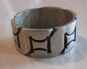 Sterling Silver Band Ring from Mexico.  Size 8