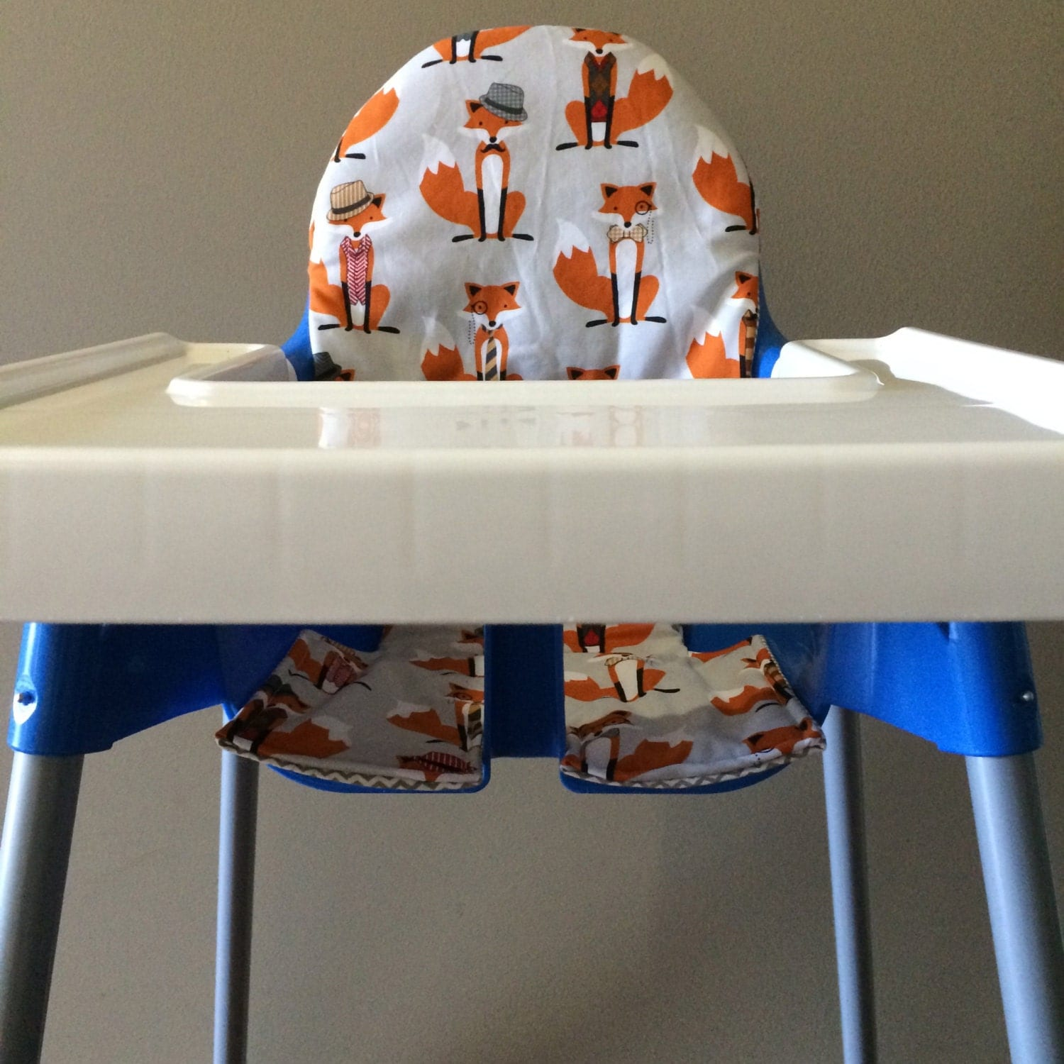 Ikea Antilop high chair cover. Cotton. Orange foxes and grey