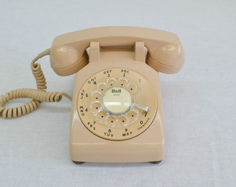 Working Vintage Rotary Dial Phone