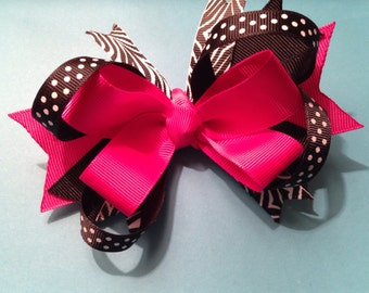 CLEARANCE, Hot Pink and Black and White Zebra Print Boutique Hair clip, Shocking pink hair bow, Toddler bow, Baby hair Clip, zebra hairbow