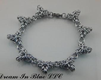 Thorny Bracelet
