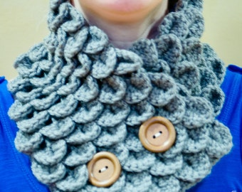 Sea Blue Cowl with Wooden Buttons