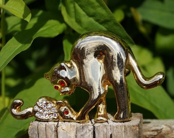 Gold colour Pin / Broche || cat & a mouse || high quality