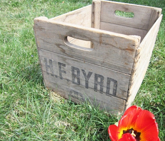 Vintage wooden apple crate for Used apple crates