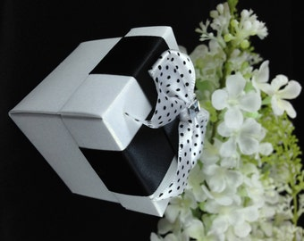 25 Black and White Favor Box, Party favor, Gift Box, Candy Box, Wedding, Birthday