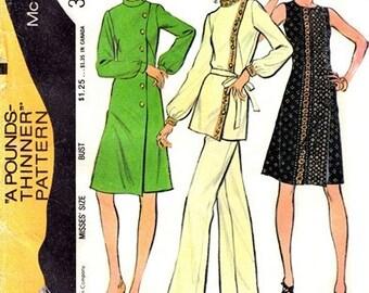 "McCall's 3296 Sharp ""Guru"" Dress or Tunic & Pants 1972 / SZ8 UNCUT"