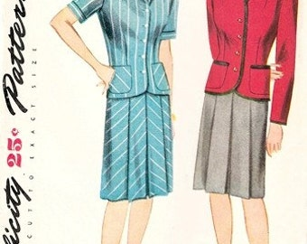 Simplicity 1054 Misses' Respectable Two-Piece Suit / ca. 1944 / SZ12 Factory Folds