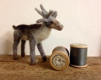 Reindeer needle felt kit