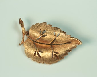 BSK Leaf Brooch