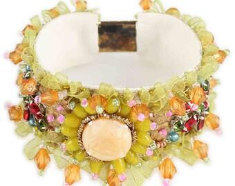Alesia Yellow Vintage Style Beaded Bracelet UMH-B00045