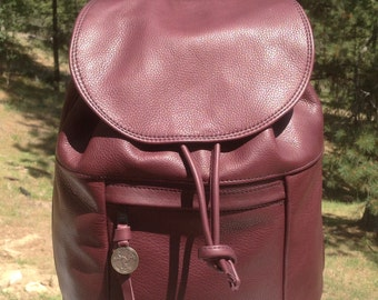 Leather Day Backpack - Medium
