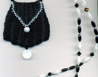Bead Knitted Pendant Bag