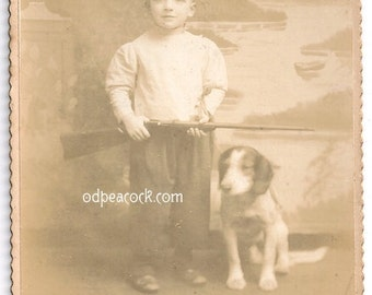 Cute boy with dog gun hunter Glen Rock PA. cabinet card beagle hound hunt rifle