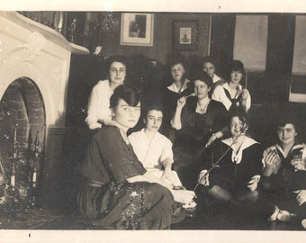 vintage photo 1915 Young Women Roasting Marshmallows on Fireplace