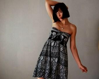 vintage 1970s BATIK print caftan WRAP dress