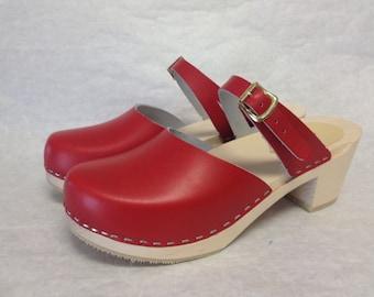 Red Dalanna Medium heel clog