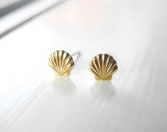 Nautical Earring Studs, Tiny Sea Shell Stud Earrings, SeaShell Jewelry, Nautical Jewelry, Hypoallergenic Sterling Silver Earrings (E058)